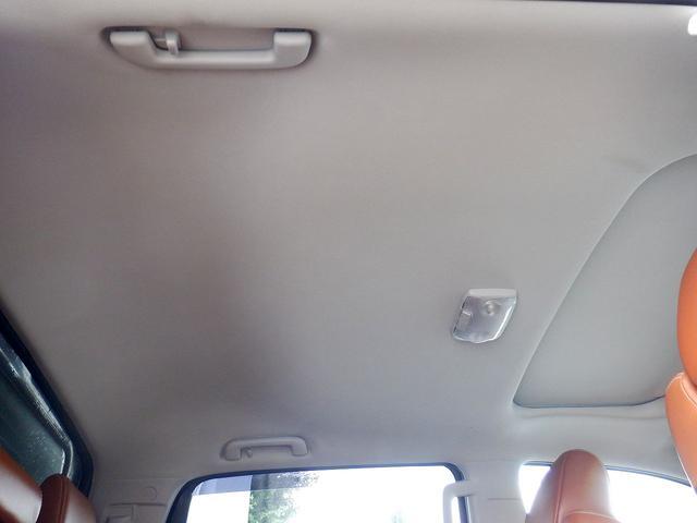 クルーマックス 1794エディション 4WD 新車並行車 リフトアップ ワンオフマフラー 専用ブラウンレザーシート シートヒーター・クーラー サンルーフ ブラインドスポットモニター LEERハードシェル付 6速AT クルーズコントロール(70枚目)