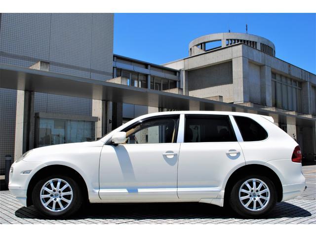 ベースグレード GTSルック タン本革シート シートヒーター付き HDDナビ 地デジTV  バックカメラ  パワーシート HID ETC(7枚目)