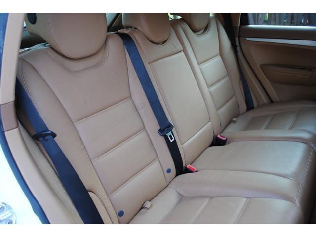 ベースグレード GTSルック タン本革シート シートヒーター付き HDDナビ 地デジTV  バックカメラ  パワーシート HID ETC(14枚目)
