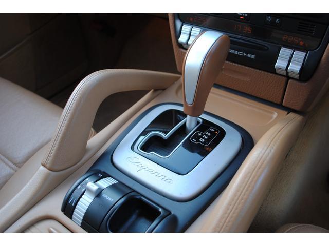 ベースグレード GTSルック タン本革シート シートヒーター付き HDDナビ 地デジTV  バックカメラ  パワーシート HID ETC(24枚目)