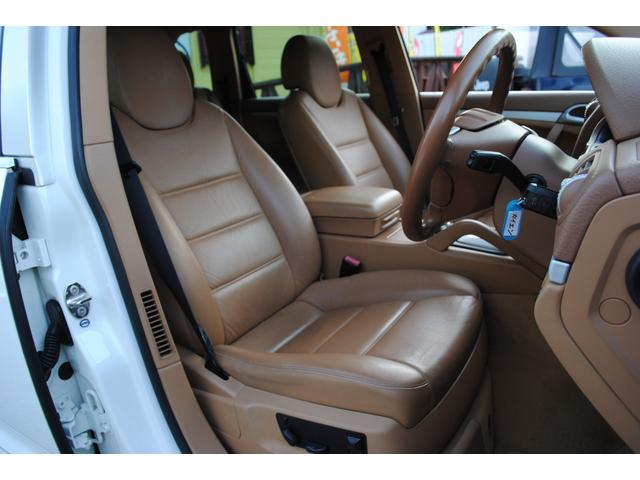 ベースグレード GTSルック タン本革シート シートヒーター付き HDDナビ 地デジTV  バックカメラ  パワーシート HID ETC(38枚目)