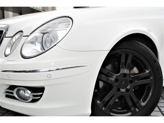 E320 CDIワゴン アバンギャルド 禁煙車 ディーゼルターボ 電動リアゲート 点検整備記録簿 シートヒーター 地デジTV ウッドコンビステアリング ブラックモールディング ブラックアルミ17インチ クルーズコントロール ドライブレコーダ(2枚目)