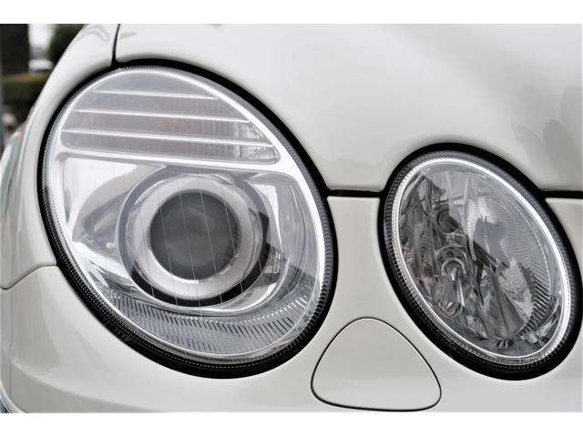 E320 CDIワゴン アバンギャルド 禁煙車 ディーゼルターボ 電動リアゲート 点検整備記録簿 シートヒーター 地デジTV ウッドコンビステアリング ブラックモールディング ブラックアルミ17インチ クルーズコントロール ドライブレコーダ(11枚目)
