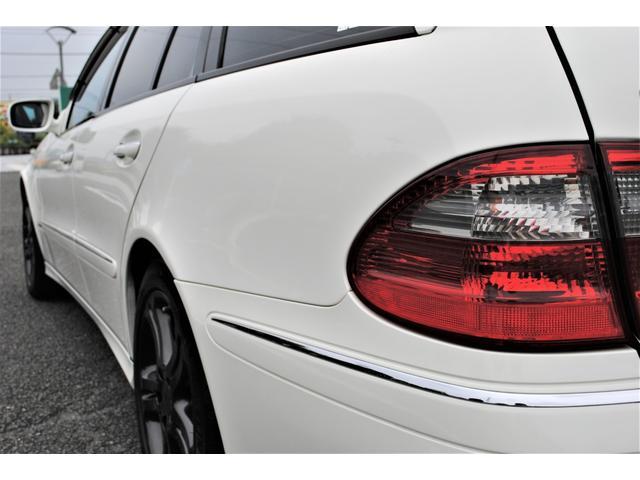 E320 CDIワゴン アバンギャルド 禁煙車 ディーゼルターボ 電動リアゲート 点検整備記録簿 シートヒーター 地デジTV ウッドコンビステアリング ブラックモールディング ブラックアルミ17インチ クルーズコントロール ドライブレコーダ(36枚目)