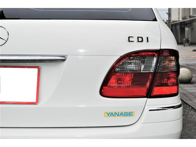 E320 CDIワゴン アバンギャルド 禁煙車 ディーゼルターボ 電動リアゲート 点検整備記録簿 シートヒーター 地デジTV ウッドコンビステアリング ブラックモールディング ブラックアルミ17インチ クルーズコントロール ドライブレコーダ(43枚目)