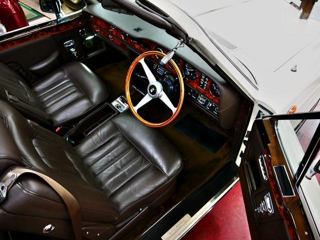 「ロールスロイス」「ロールスロイス コーニッシュ」「オープンカー」「東京都」の中古車37