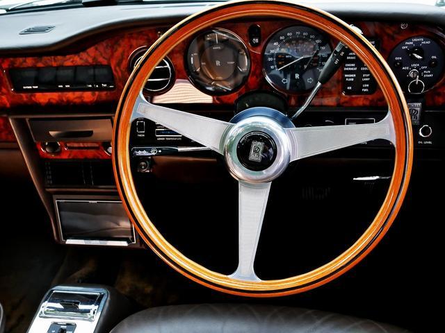 「ロールスロイス」「ロールスロイス コーニッシュ」「オープンカー」「東京都」の中古車45