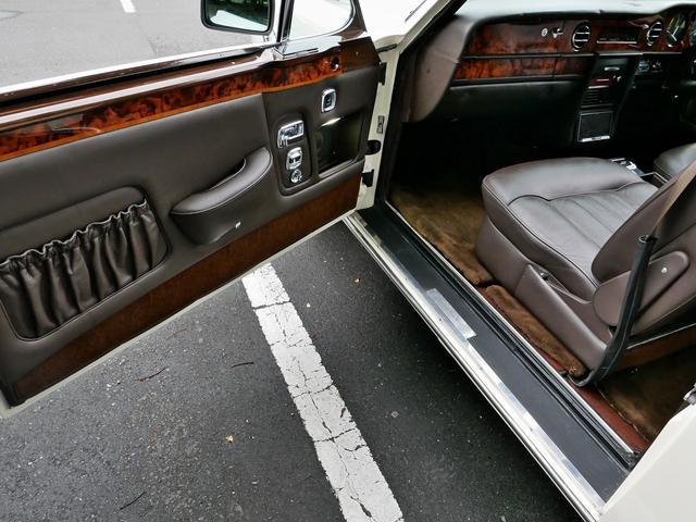 「ロールスロイス」「ロールスロイス コーニッシュ」「オープンカー」「東京都」の中古車67