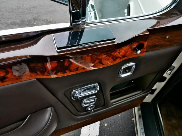 「ロールスロイス」「ロールスロイス コーニッシュ」「オープンカー」「東京都」の中古車70
