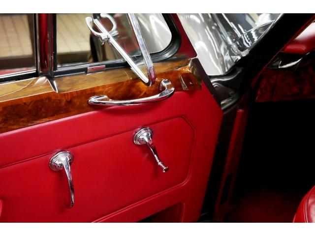 「ロールスロイス」「ロールスロイス シルバークラウドII」「クーペ」「東京都」の中古車13