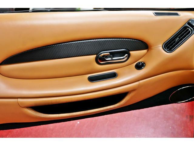 「アストンマーティン」「DB7」「オープンカー」「東京都」の中古車40