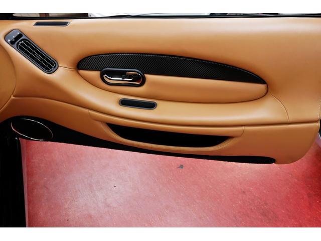 「アストンマーティン」「DB7」「オープンカー」「東京都」の中古車46