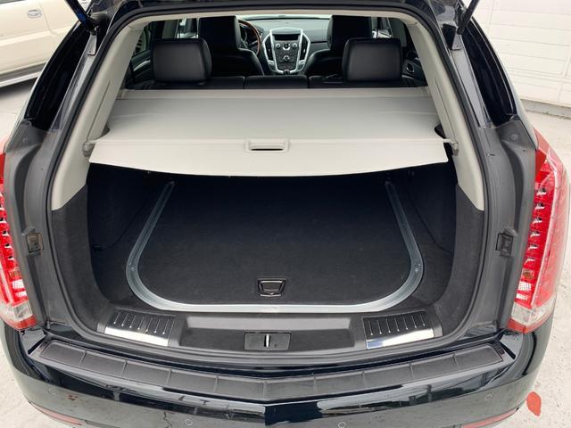 「キャデラック」「キャデラック SRXクロスオーバー」「SUV・クロカン」「東京都」の中古車17