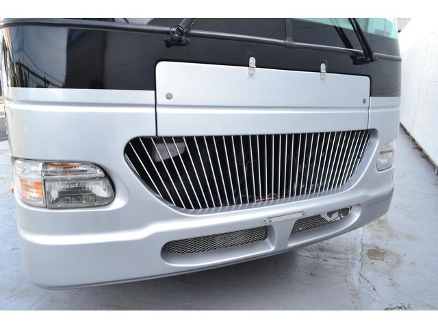 TRAIL LITHGT製 新車並行 ワークフォースシャーシ シボレーVortec8.2L 日本製家庭用エアコン バペストFFヒーター 冷蔵庫 発電機 ウォシュレット 電子レンジ 就寝人数6名 バックカメラ ラバールーフ張替済(14枚目)