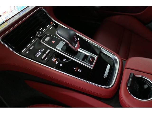 4 PDKディーラー保証付ワンオーナー車スポーツクロノ禁煙車(12枚目)