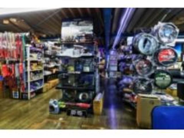 各車カスタムパーツや面白パーツなどの在庫もございます。