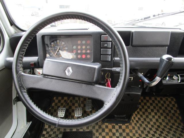 「ルノー」「4」「コンパクトカー」「東京都」の中古車9