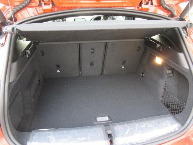 xDrive 18d MスポーツX コンフォートPkg4WD(19枚目)