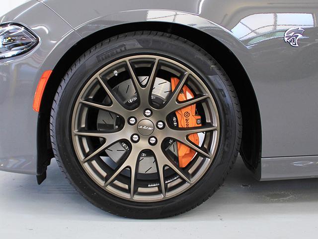 ダッジ ダッジ チャージャー HELLCAT2018モデルサンルーフオレンジキャリパー