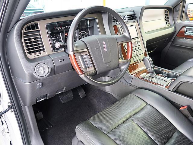 「リンカーン」「リンカーン ナビゲーター」「SUV・クロカン」「神奈川県」の中古車7