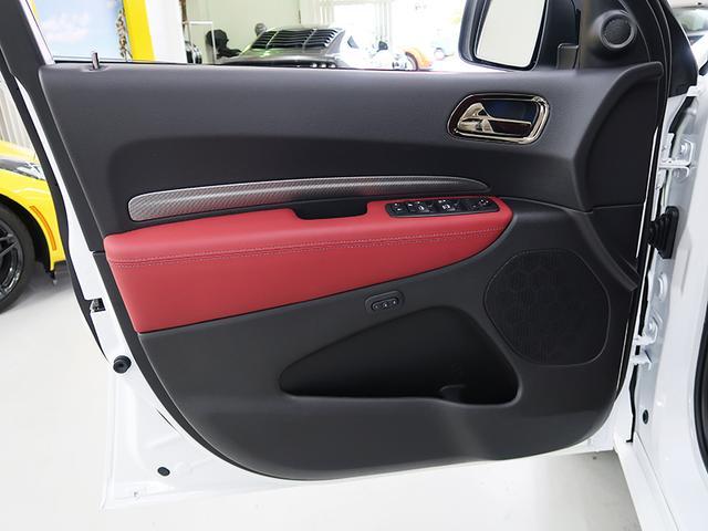 RT4WDブラックトップ赤シート2020モデル(8枚目)