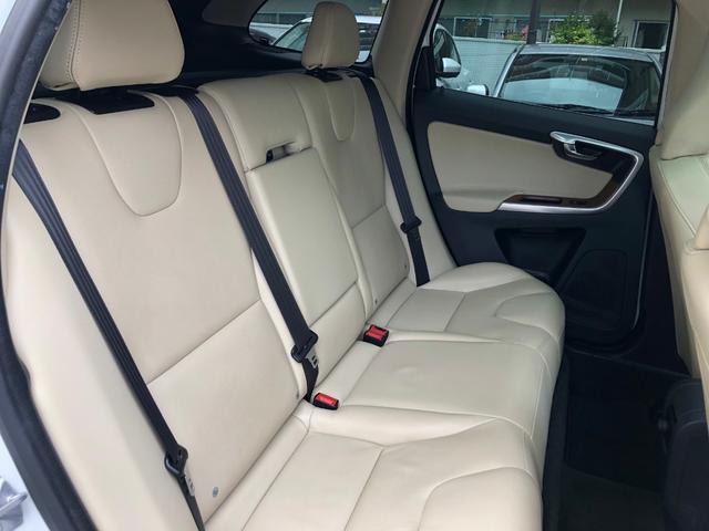 「ボルボ」「ボルボ XC60」「SUV・クロカン」「東京都」の中古車14