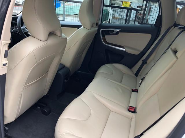 「ボルボ」「ボルボ XC60」「SUV・クロカン」「東京都」の中古車16