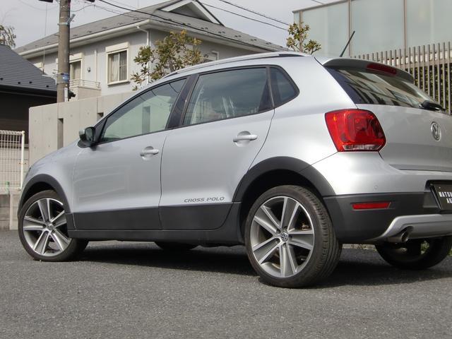 フォルクスワーゲン VW ポロ クロスポロ LED 禁煙ワンオーナ ナビ地デジTV Bカメラ