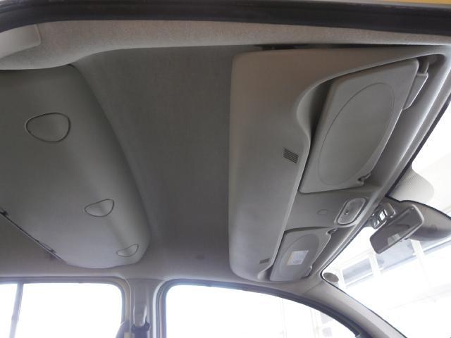 1.6 1オーナー シルバードアハンドル オプションラゲッジマット オーバーヘッドコンソール ダブルバックドア オートエアコン オートクルーズ リアシートテーブル ETC チャイルドルームミラー キーレス(23枚目)