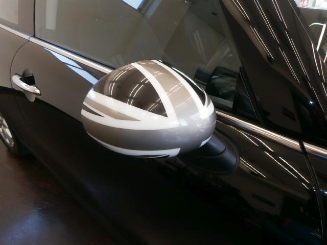 クーパーS クーパーS 6速マニュアル 1オーナー LEDヘッドライト LEDフォグ 純正ナビ MINIエキサイトメントPKG ストレージコンパートメント アイドリングストップ スポーツシート レザーステアリング(6枚目)