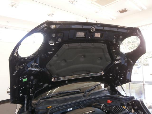 クーパーS クーパーS 6速マニュアル 1オーナー LEDヘッドライト LEDフォグ 純正ナビ MINIエキサイトメントPKG ストレージコンパートメント アイドリングストップ スポーツシート レザーステアリング(36枚目)