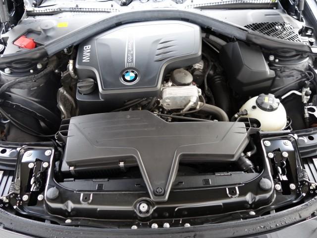 BMW BMW 320i MスポーツACCドライビングアシストパドルシフト
