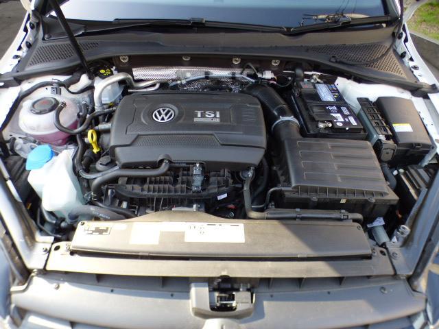 フォルクスワーゲン VW ゴルフRヴァリアント ベースグレード 後期9インチディスカバーナビ