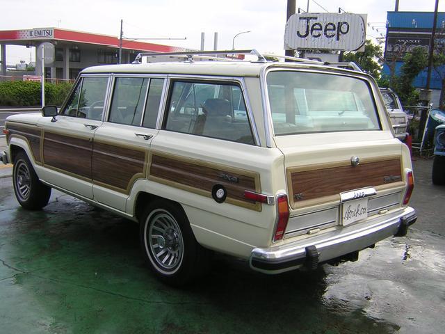 クライスラー・ジープ クライスラージープ グランドワゴニア 4WD バン