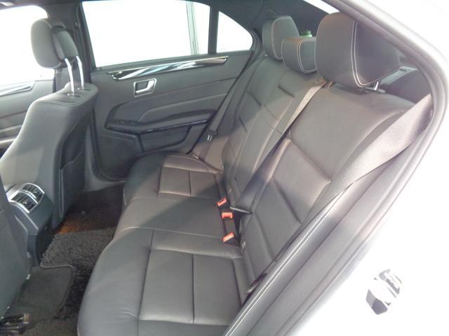 適切な着座姿勢を取りやすいよう、人間工学を駆使してつくり上げられた上質なシート!