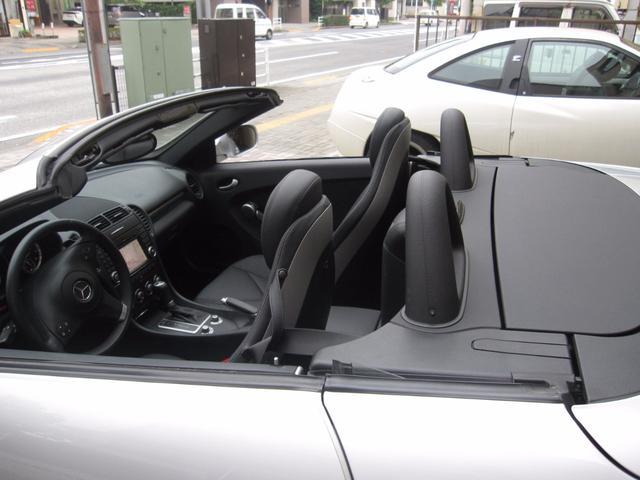 メルセデス・ベンツ M・ベンツ SLK350 黒本革シート 純正ナビ 左ハンドル ETC付き