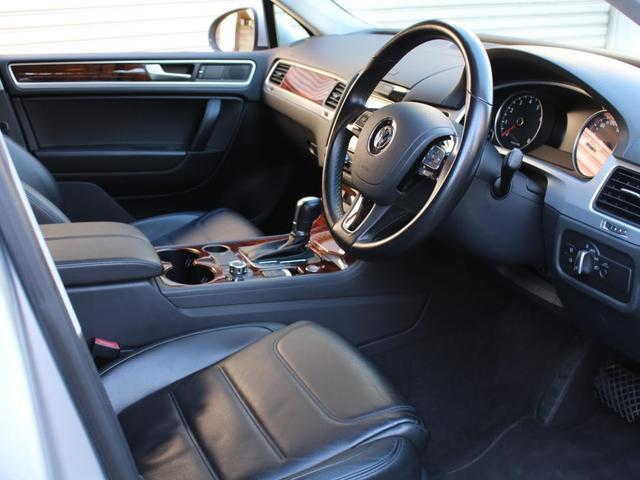 「フォルクスワーゲン」「VW トゥアレグ」「SUV・クロカン」「東京都」の中古車12