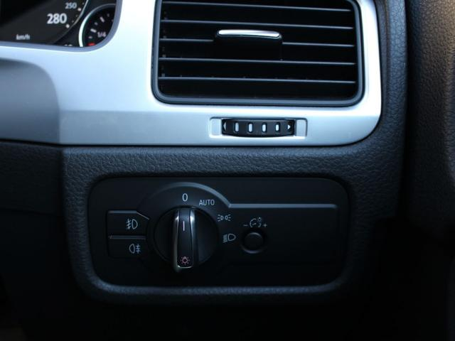 「フォルクスワーゲン」「VW トゥアレグ」「SUV・クロカン」「東京都」の中古車49
