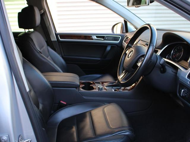 「フォルクスワーゲン」「VW トゥアレグ」「SUV・クロカン」「東京都」の中古車59