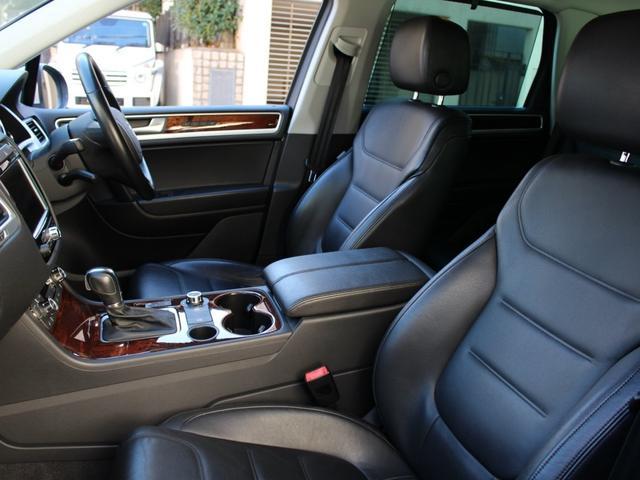 「フォルクスワーゲン」「VW トゥアレグ」「SUV・クロカン」「東京都」の中古車77