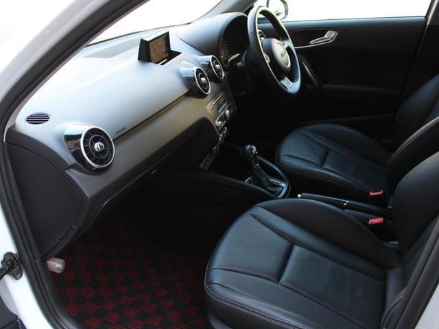 「アウディ」「アウディ A1スポーツバック」「コンパクトカー」「東京都」の中古車45