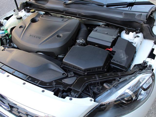 「ボルボ」「ボルボ V40」「ステーションワゴン」「東京都」の中古車17