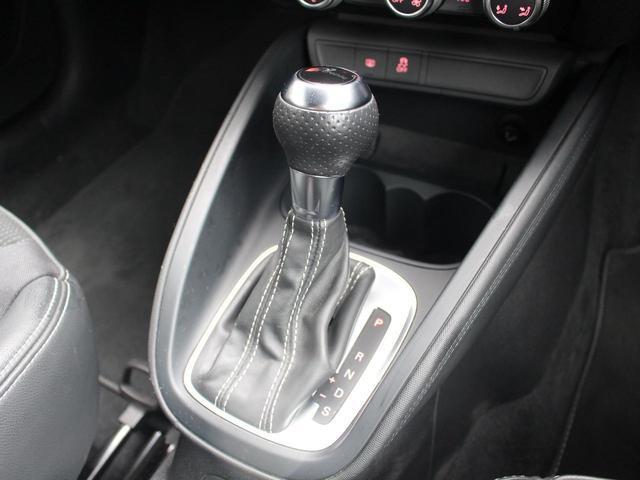 1.4TFSI 禁煙車 Sラインパッケージ  スポーツシート キセノンパッケージ MMIベーシック  6.5インチモニター SDカードスロット AUX端子 8スピーカー  コントラストルーフ アイドリングストップ(11枚目)