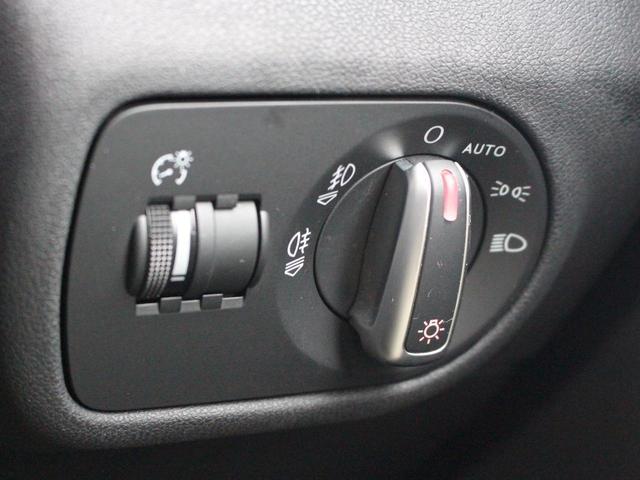 1.4TFSI 禁煙車 Sラインパッケージ  スポーツシート キセノンパッケージ MMIベーシック  6.5インチモニター SDカードスロット AUX端子 8スピーカー  コントラストルーフ アイドリングストップ(45枚目)