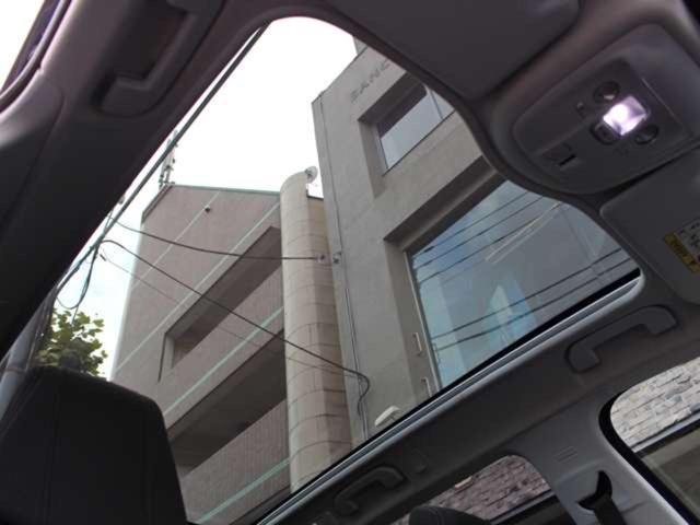 SW アリュール ブルーHDi 1オーナー 禁煙車 ガラスルーフ Bカメ前後ソナー クルコン タッチスクリーン ラジオ USB Bluetooth スマートキー&エンジンスタートボタン(20枚目)