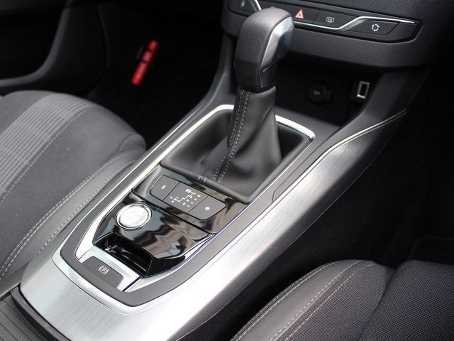 SW アリュール ブルーHDi 1オーナー 禁煙車 ガラスルーフ Bカメ前後ソナー クルコン タッチスクリーン ラジオ USB Bluetooth スマートキー&エンジンスタートボタン(50枚目)