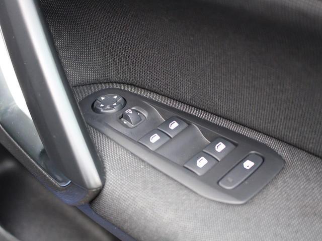 SW アリュール ブルーHDi 1オーナー 禁煙車 ガラスルーフ Bカメ前後ソナー クルコン タッチスクリーン ラジオ USB Bluetooth スマートキー&エンジンスタートボタン(56枚目)