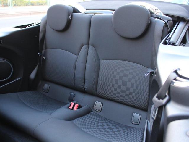 クーパーS コンバーチブル 禁煙車 Panasonic製ナビゲーション リバースギア連動バックカメラ リアコーナーセンサー シートヒーター バイキセノンヘッドライト オールウェイズオープンタイマー ETC ディーラー車(21枚目)