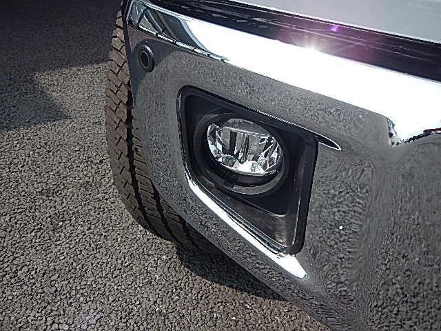 新車並行クルーマックスSR5 TRD 4WD(4枚目)