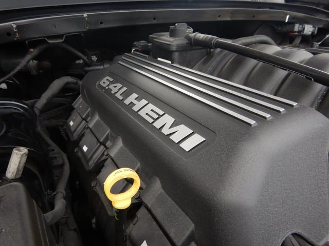 6.4lHEMIエンジン